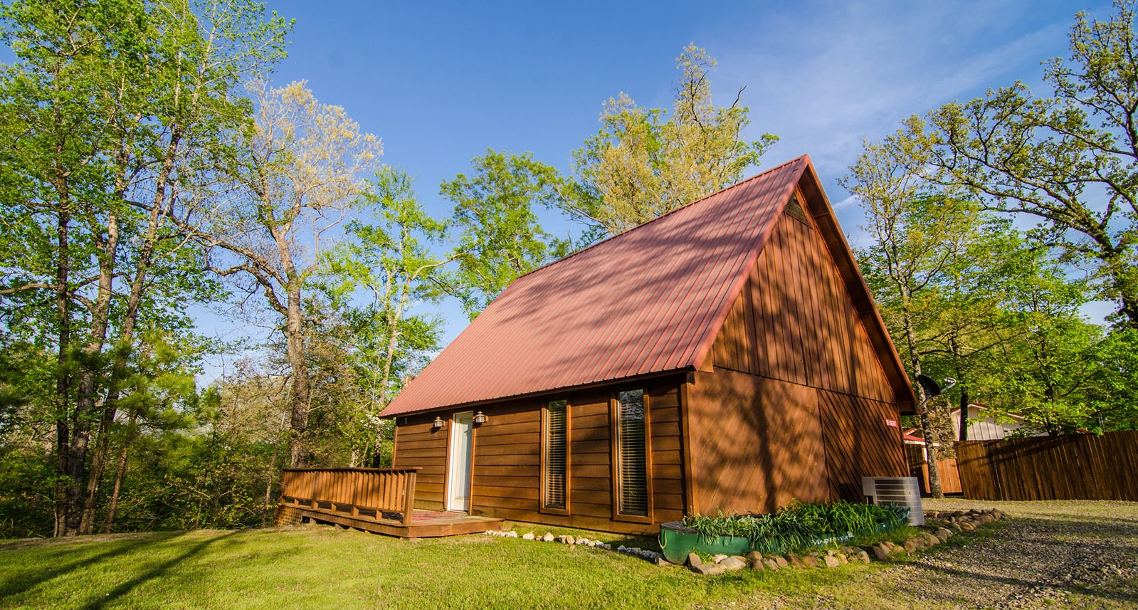 Burgundy On The River Cabins In Broken Bow